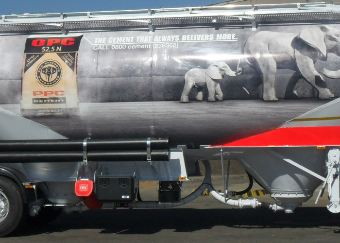 Vehicle Branding – The Benefits of Moving Billboards